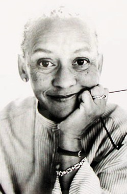 "Nikki Giovanni was born in Knoxville, Tennessee to Yolande Cornelia, Sr. and Jones ""Gus"" Giovanni."