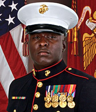 Staff Sergeant Aubrey McDade jr awarded the Navy cross or heoric duty in iraq