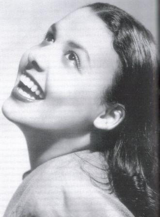 singer and actress Lena Horne at a young age