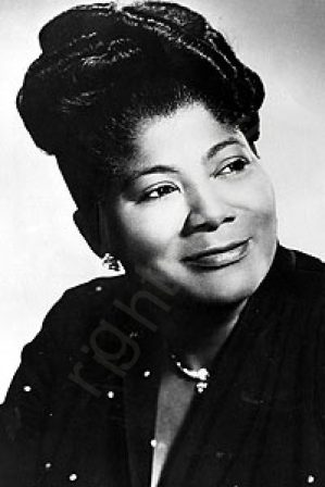 "Mahalia Jackson, the Gospel Queen sang ""Take my hand precious Lord"""